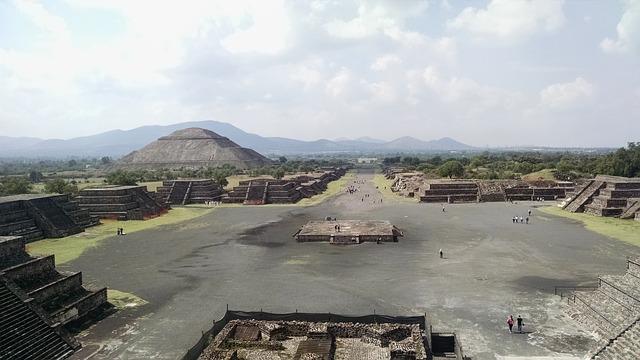 mayjské pyramidy