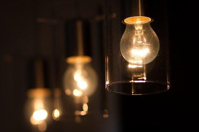 Proč vláknové žárovky dosloužily